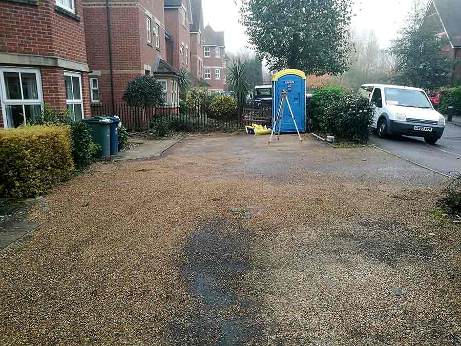 The old shared driveway consisted of tarmac and gravel which was worn and unsightly